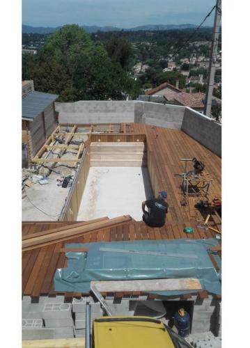construction piscine bois - 1 pendant