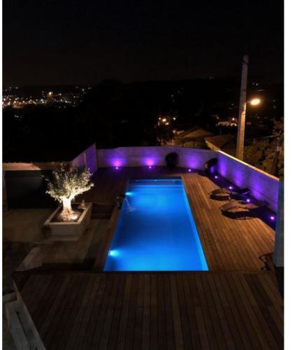 construction piscine bois 1 - éclairage