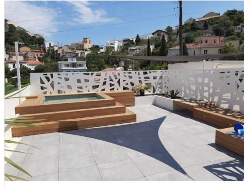 construction piscine bois toits terrasse