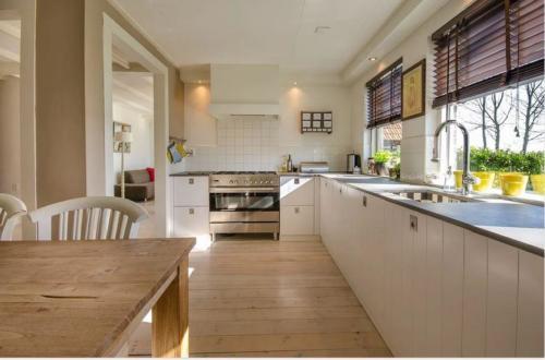 rénovation bois cuisine 66